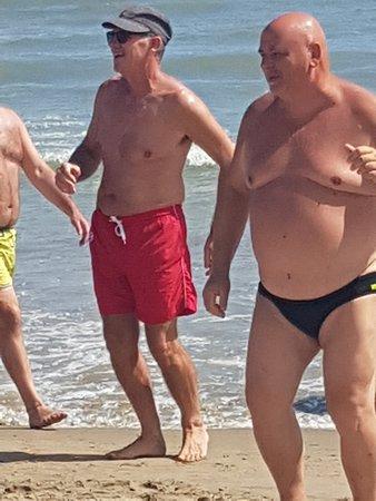 Sun Day Beach 118: LO ZIO.....