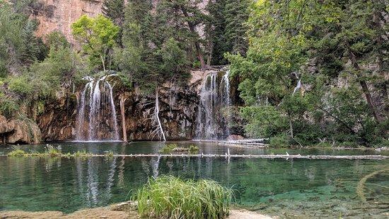 Hanging Lake Trail: Hanging lake
