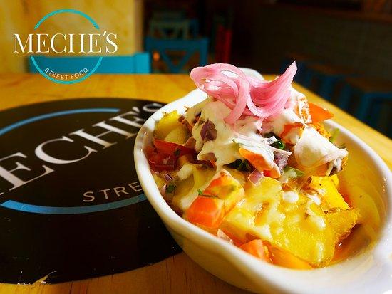 Meche's Street Food: Patatas 27 Streetfood Comida internacional Cócteles Málaga Centro 951 993 013