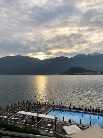 Grand Hotel Britannia Excelsior: Lake view/Floating Pool