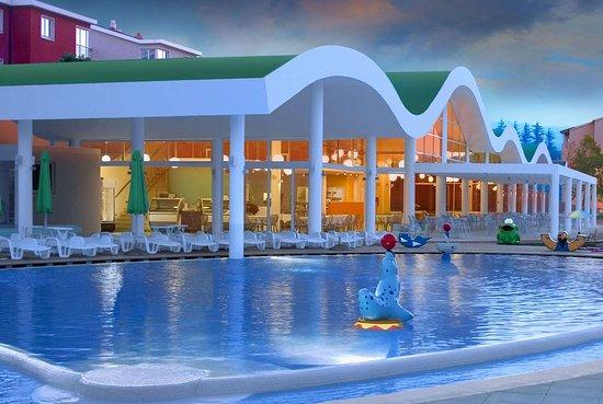 Wyndham Grand Novi Vinodolski Resort: Pool