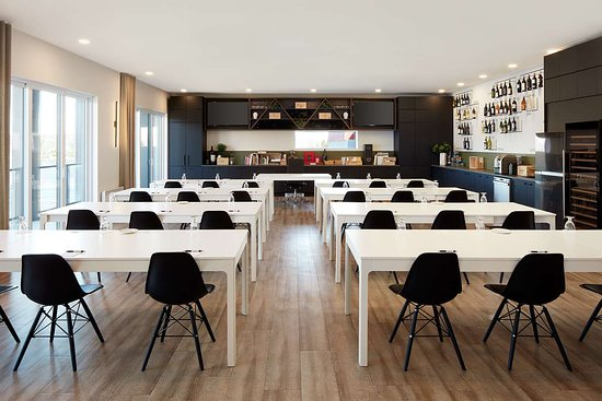 Hotel Rive Gauche: Business center