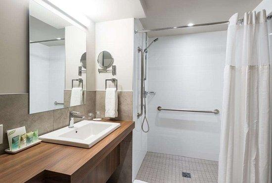Hotel Rive Gauche: Guest room