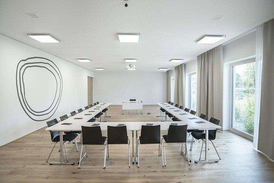 Bader Hotel: meeting room example