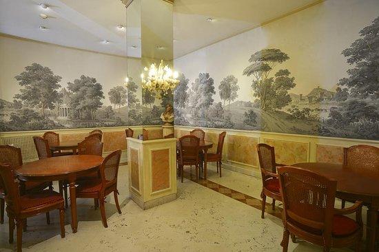 Zanhotel Regina: Lobby view