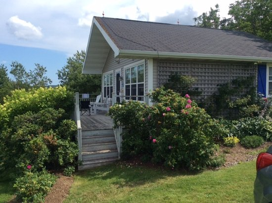 Sea Meadow Cottage, Bayfield, Nova Scotia