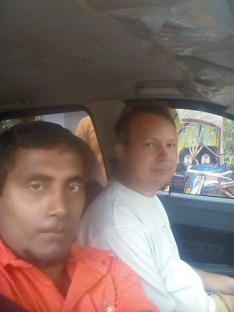 My driver all srilanka traveling