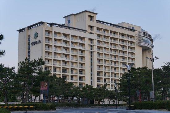 Sono Belle - Gyeongju: ホテル全景