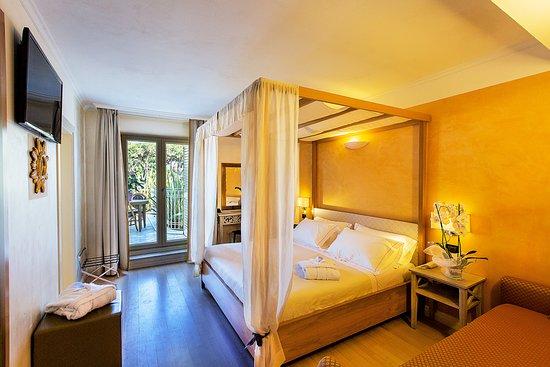 iH Hotels Forte dei Marmi Logos: Camera Superior