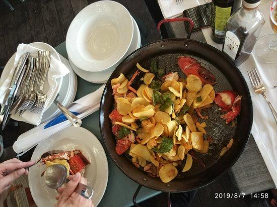 El bogavante uno de los platos estrella, buenísimo.