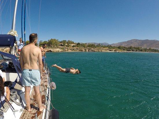 أثينا, اليونان: Day Sailing @ the Athenian Riviera, Greece dive off competition!