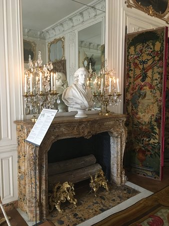 Entrada a los Jardines de Versalles: Espectáculo musical de fuentes en verano: interieur