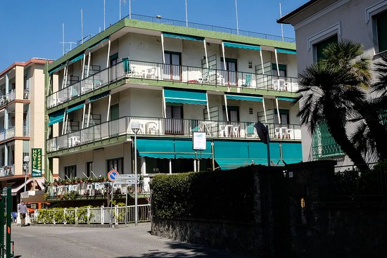 Hotel Tirreno Celle Ligure