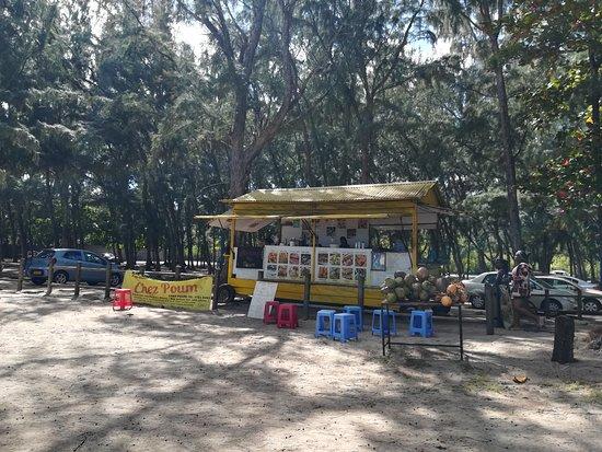 Food Tour Mauritius: Baracchini per strada doc!