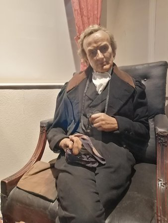 A model of Wilberforce in his old home - now the museum.