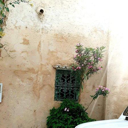 Tangier, Maroko: #al_kasba#tanger#morocco 🌅💙🧡
