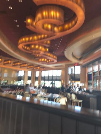 The Cheesecake Factory dining area