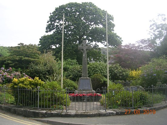Llanbedr War Memorial