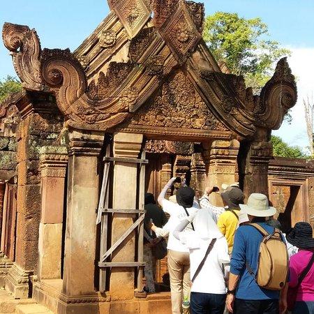 Siem Reap, Kambodža: Benteay siey is very nice by tuk tuk Sokha driving
