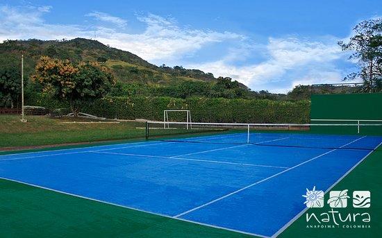 cancha de tenis en hotel Anapoima Natura