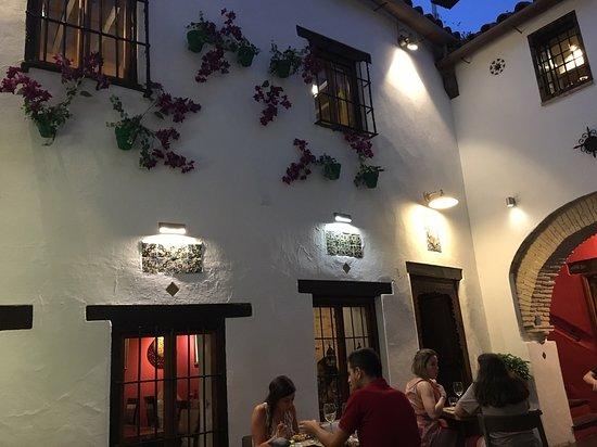 Casa Mazal - Juderia: Patio