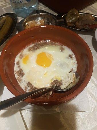 Eggs Awarma