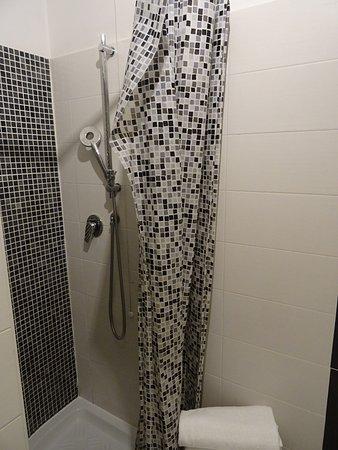 Hotel Ca'dei Barcaroli - a bathroom