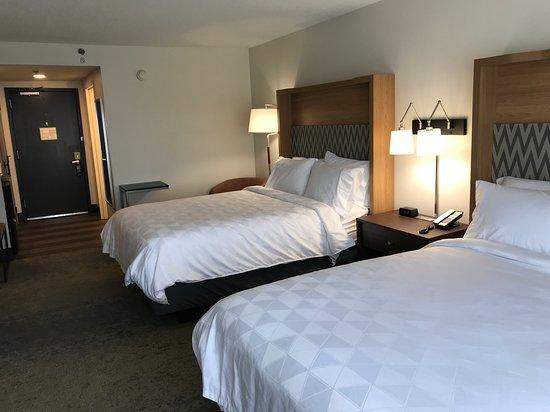 Holiday Inn Allentown I-78 & Rt. 222: Guestroom