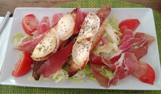 Salade Chèvre-chaud