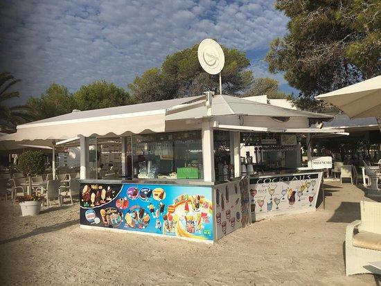 Playero Alcúdia: Restaurant & BeachClub with SeaViews Playero at Pt. Alcudia
