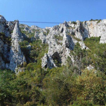 Excursión privada de un día a la naturaleza al desfiladero de Iskar: Bulgaria Adventure