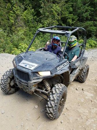 Whistler, Canadá: RZR tour of Cougar Mountain through Adventure Group