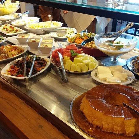 Wiener Restaurante: Ótimo buffet de almoço (Great lunch buffet)🍽