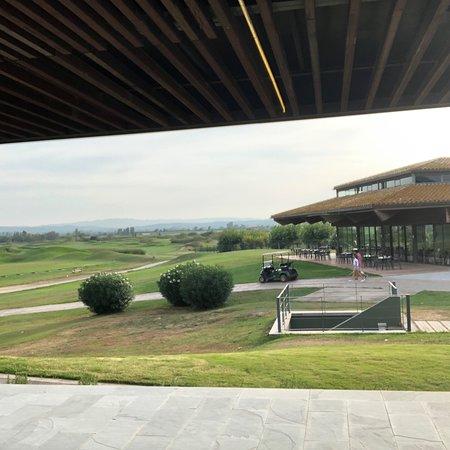 Entorno y Vistas del Hotel Hilton en Torroella de Montgri