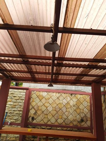 Kaibarra Coffee: dining area