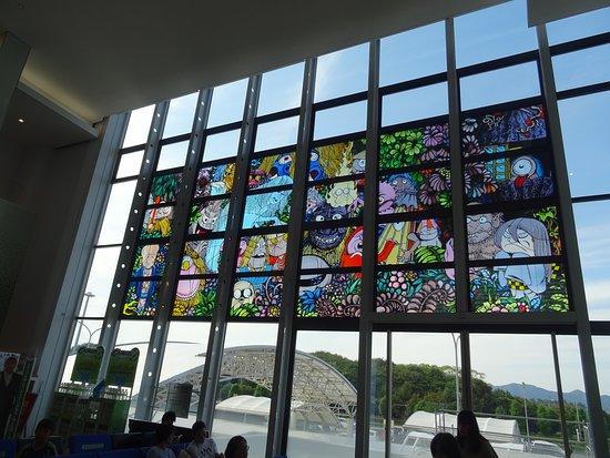 Yonago Airport General Information Center: 鬼太郎のイラストが各所に