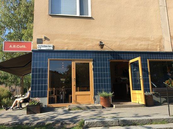 AB Cafe: Storefront