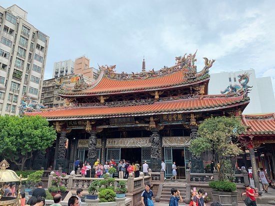 ‪‪Ultimate Taipei Sightseeing Tour‬: Longshan Temple‬