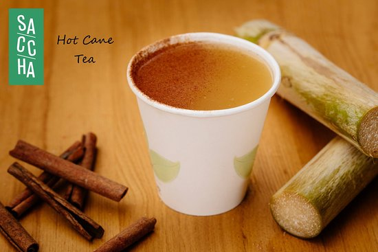 Hot cane with cinnamon and lime