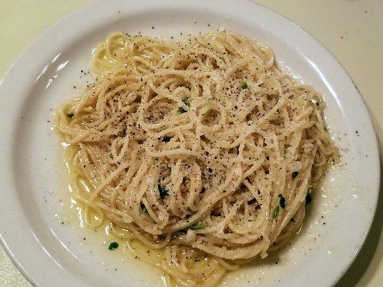 Erio's Ristorante: a side of spaghetti