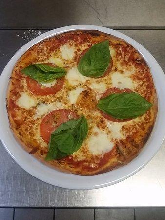 Restaurant Ostuni: Pizza Margherita