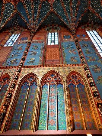 Ναός της Παναγίας: Bazylika Mariacka