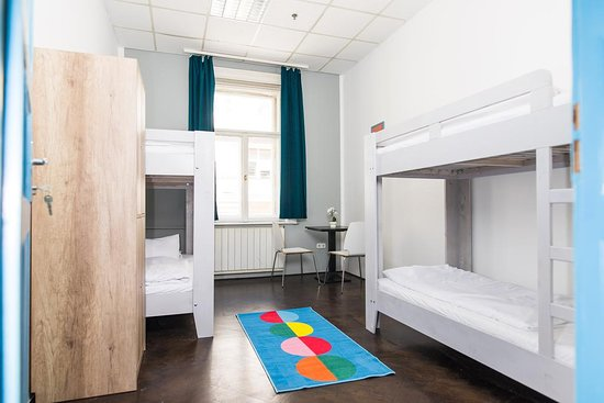 2B Hostel & Rooms: 4 beds dormitory