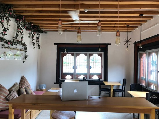 Old Town Cafe Punakha: new interior