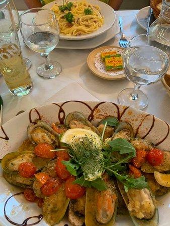 Mussels & carbonara