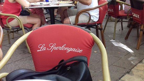Sur une chaise