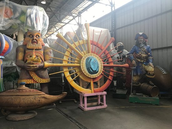 New Orleans Mardi Gras World Behind-the-Scenes Tour: Mardi Gras World