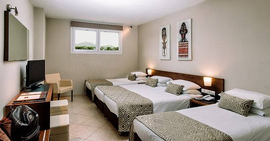 Economy Room - with four single beds