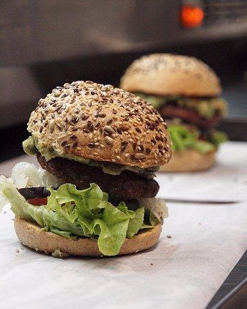 Dos Beyond Burgers preparadísimas