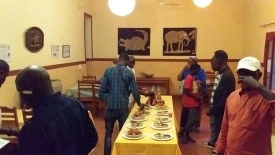 Podor, Senegal: La salle de restaurant le jour de son inauguration.